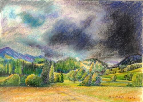 Landschaft mit dunklen Wolken
